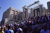 Heatwave in Athens shuts down Acropolis for four hours