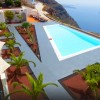 "Santorini Hotel in 2017 TripAdvisor 's ""Hall of Fame"" list"