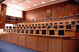Courts urged to continue issuing decisions during partial suspension in Greece