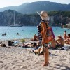 On Tuesday, Wednesday, Thursday and Friday, temperatures will stay high and hover around 38 degrees Celsius, mainly over the Ionian Islands and the mainland