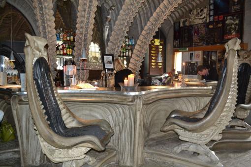 Αυτά είναι τα πιο ασυνήθιστα μπαρ του κόσμου!