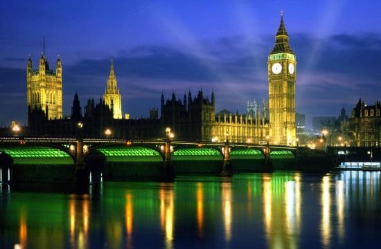 Ημέρα Ελευθερίας στην Αγγλία, με τον Τζόνσον και τις αφίξεις από τη Γαλλία σε καραντίνα...