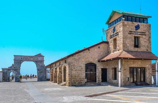 Κύπρος: 100% χωρητικότητα στα τουριστικά λεωφορεία περιλαμβάνει το αναθεωρημένο ταξιδιωτικό πρωτόκολλο