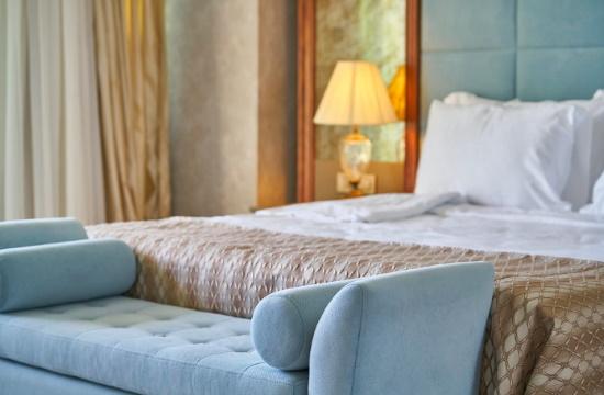 Άδειες για νέο ξενοδοχείο στην Αθήνα και για κατεδάφιση πρώην ξενοδοχείου στη Θεσσαλονίκη
