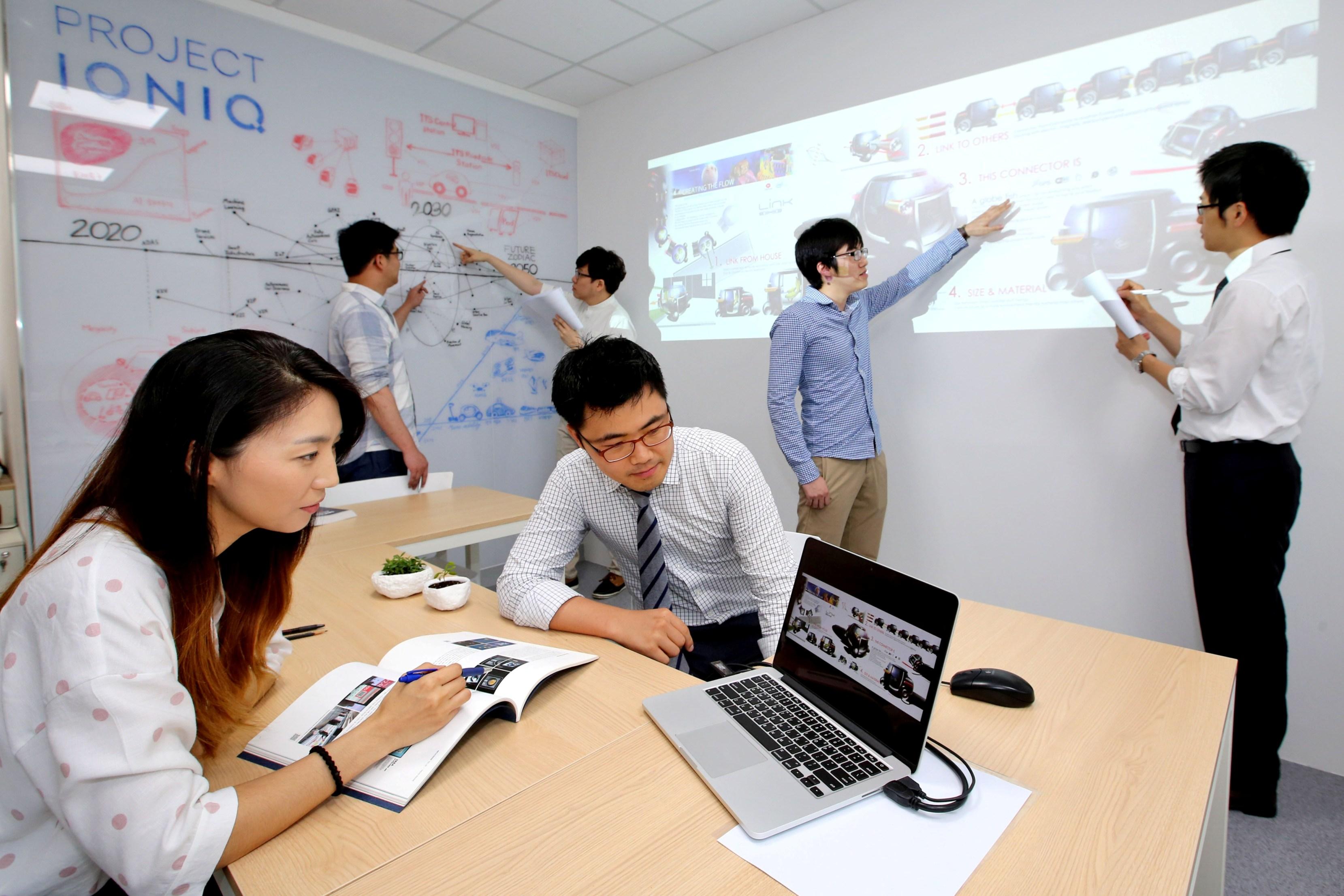 H Hyundai δημιουργεί το «IONIQ Lab»