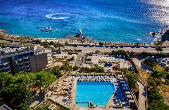 Πλήρως ανακατασκευασμένο άνοιξε το EverEden Beach Resort Hotel & Spa