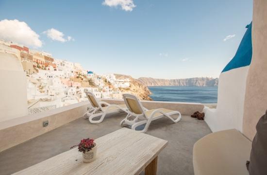 Όμιλος  Caldera Collection: Νέο ξενοδοχείο στη Σαντορίνη, επέκταση και στην Αθήνα