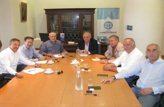Συνάντηση στο Επιμελητήριο Ηρακλείου με στελέχη της Aegean Airlines για μειώσεις ναύλων