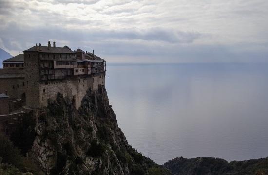 «Αθωνική Ψηφιακή Κιβωτός»: Έργο παγκόσμιας εμβέλειας για την ανάδειξη των θησαυρών του Αγίου Όρους από τον ΟΤΕ