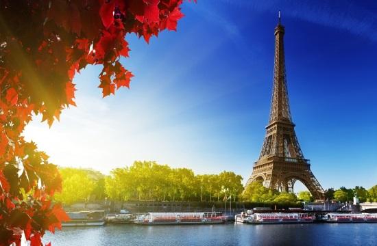 Stop της Γαλλίας στους μη εμβολιασμένους Αμερικανούς τουρίστες