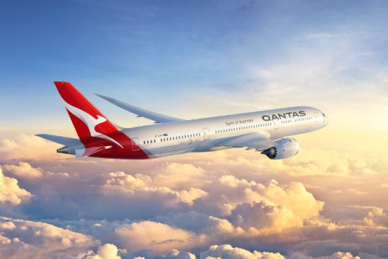 Qantas: Μόνο με εμβόλιο οι διεθνείς πτήσεις