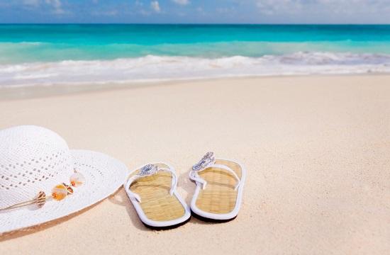 2 στους 5 ευρωπαίους στην Ελλάδα βρήκαν απασχόληση στον τουρισμό το Μάιο