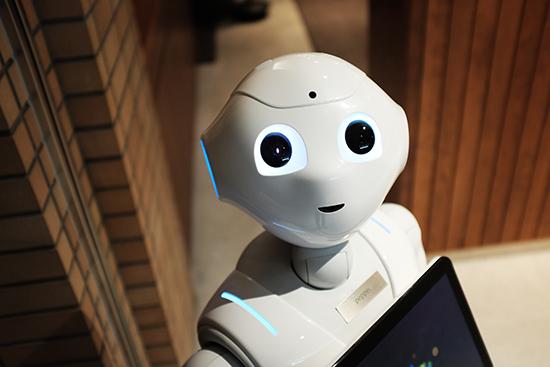 Tα ξενοδοχεία δίνουν δουλειά σε ρομπότ