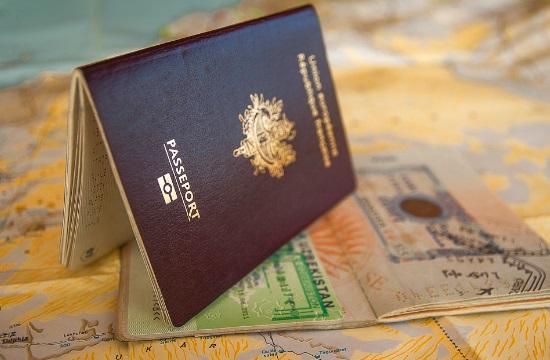 Τα πάνω κάτω στην ισχύ των διαβατηρίων έφερε ο κορωνοϊός – Πού βρίσκεται η Ελλάδα