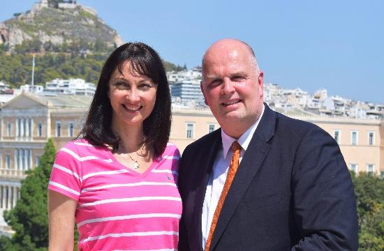 Υπ. Τουρισμού: Ενίσχυση της συνεργασίας με τον Όμιλο TUI