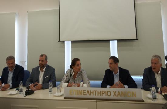 Ο κ.Θεοχάρης στην Κρήτη: Αισιοδοξία για το άνοιγμα και της Βρετανίας και Σουηδίας