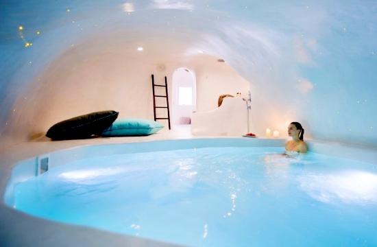 10 πολυτελή ξενοδοχεία στην Ελλάδα μόνο για ενήλικες