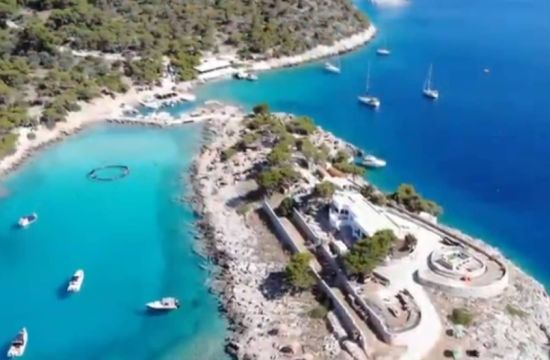 Αγκίστρι: Το αυθεντικό και όμορφο νησί δίπλα στην Αθήνα