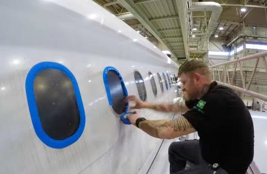 Δείτε πώς φτιάχνεται ένα αεροπλάνο σε 54 δευτερόλεπτα