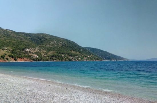 Μία από τις πιο εξωτικές παραλίες στις Σποράδες