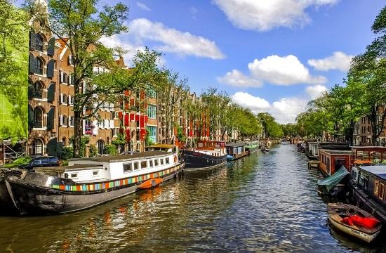 Ολλανδία: Η βιομηχανία της φιλοξενίας δέχθηκε το ισχυρότερο πλήγμα