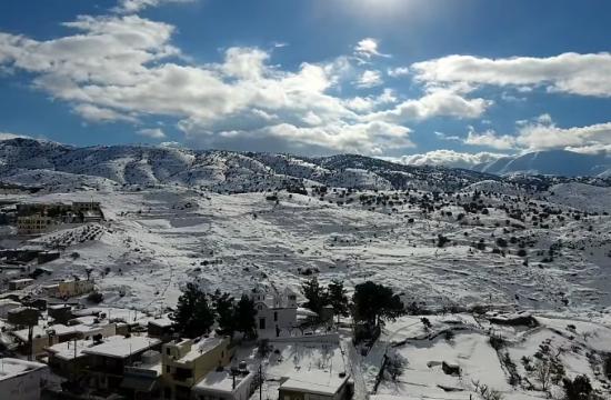 Τα χιονισμένα Ανώγεια και ο Ψηλορείτης