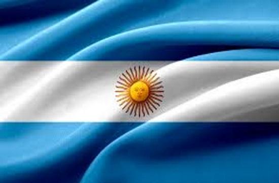 Αυξάνεται το κόστος των ταξιδιών των Αργεντινών στο εξωτερικό