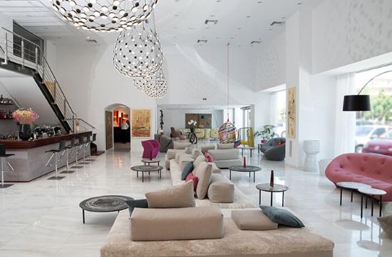Εξυπηρετούνται οι κρατήσεις στο Athenaeum Palace  & Luxury Suites