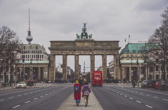 Κρίση πανδημίας στις Γερμανικές Τράπεζες - Η Deutsche Bank κλείνει καταστήματα