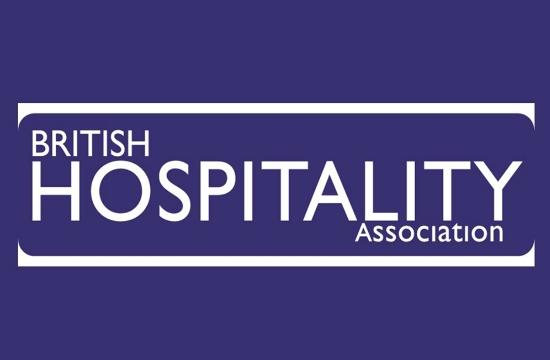 ΦΠΑ 5% (από 20%) ζητούν οι Βρετανοί ξενοδόχοι