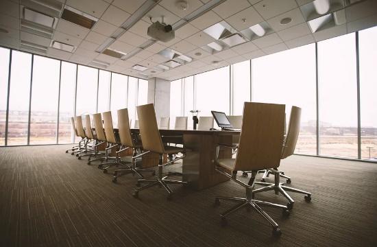 Σημαντικά αυξημένος ο κίνδυνος κορωνοϊού για τους υπαλλήλους με φυσική παρουσία στην εργασία
