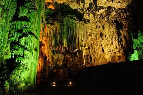 Ψηφιακή αποτύπωση και ανάδειξη των σπηλαίων Ζωνιανών και Μελιδονίου
