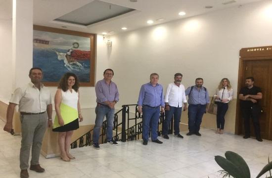 Στ Αρναουτάκης: Στηρίζουμε τον κλάδο των οινοποιών, προβάλουμε τα Κρητικά κρασιά