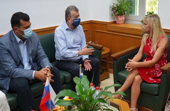 Δυνατότητα για απευθείας αεροπορική διασύνδεση Κρήτης-Σλοβακίας