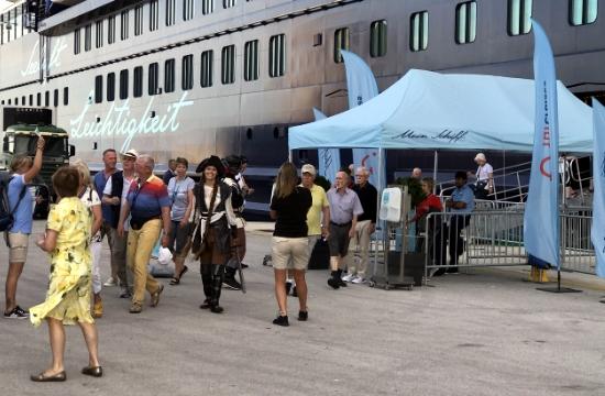 Συζητήσεις για homeporting της Tui Cruises το λιμάνι της Ρόδου