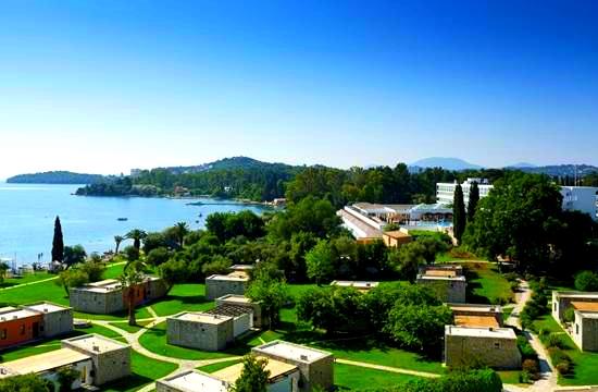Εγκρίσεις για το νέο 5άστερο ξενοδοχείο «Ikos Odisia» στην Κέρκυρα, πολυτελές κάμπινγκ στη Βούλα και ανακατασκευή κτιρίου στη Συγγρού