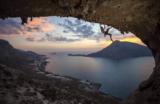 Discover Greece: Aναρρίχηση στην Κάλυμνο με φόντο το Αιγαίο