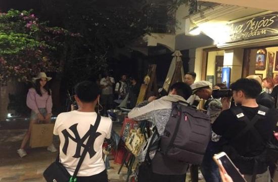 Γυρίσματα κινεζικού ταξιδιωτικού show στην Κεφαλονιά και Σαντορίνη