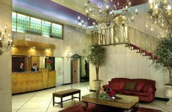 Ξενοδοχεία | Παρατείνεται ο διαγωνισμός για το Esperia και το νεοκλασικό στη Ζαλοκώστα