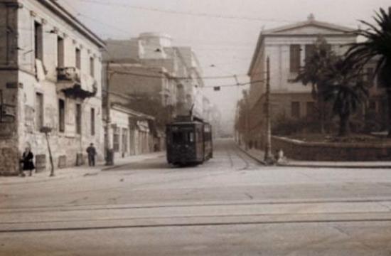 Ο δρόμος της Αθήνας που κάποτε είχε φοινικόδεντρα