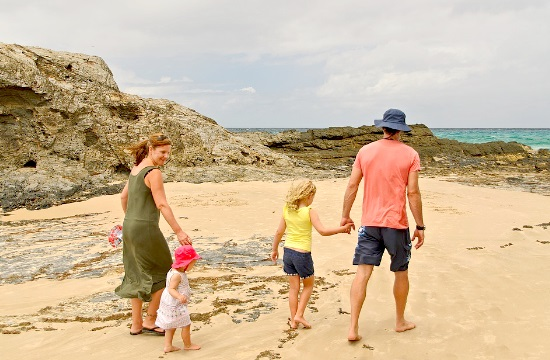 Expedia: Οι οικογενειακές διακοπές προτεραιότητα για τους Καναδούς- Οι top ταξιδιωτικές τους συνήθειες