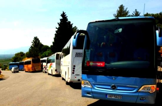 ΓΕΠΟΕΤ: Ικανοποίηση για τη μείωση κατά 50% στα τέλη κυκλοφορίας των τουριστικών λεωφορείων