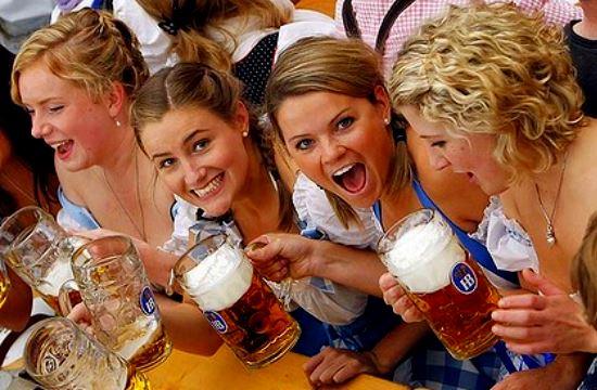 Ο καλός καιρός κρατάει τους Γερμανούς στη χώρα τους τον Αύγουστο