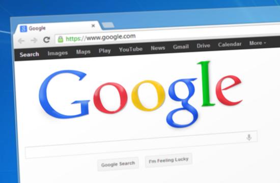 Τουρισμός | Η μάχη των γιγάντων για τις κρατήσεις μεταξύ Google με Expedia και TripAdvisor