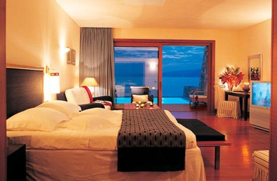 Ο τουρισμός στην Αθήνα: +10% τα έσοδα των ξενοδοχείων το β' 3μηνο