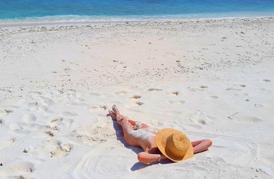 Τρεις ελληνικές παραλίες γυμνιστών στις καλύτερες στην Ευρώπη