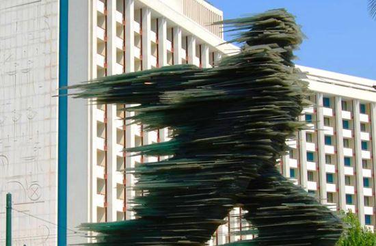 Ξενοδοχεία: Hyatt το Athens Ledra, Conrand το Hilton Αθήνας