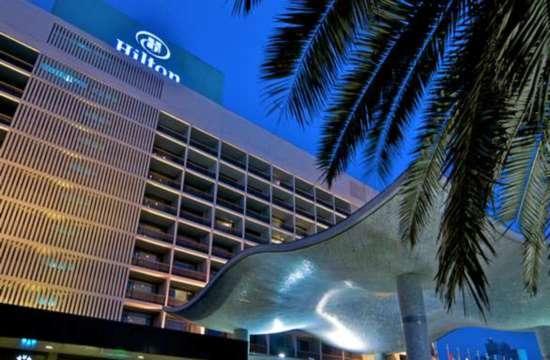 Αγωγή εκατομμυρίων δολαρίων στη Hilton για βιντεοσκόπηση επισκέπτριας στο ντουζ