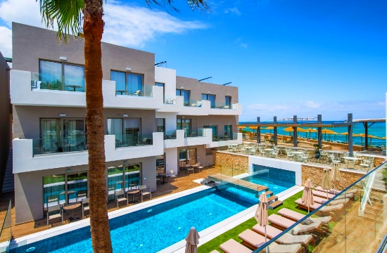 HolidayCheck Awards: Τα ελληνικά ξενοδοχεία στις πρώτες προτιμήσεις των Γερμανών για το 2019- δείτε τα πιο δημοφιλή