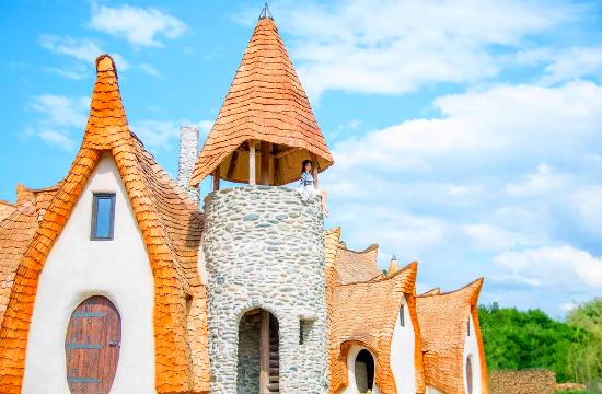 Ξενοδοχείο βγαλμένο από παραμύθι, εκεί όπου έζησε ο Κόμης Δράκουλας